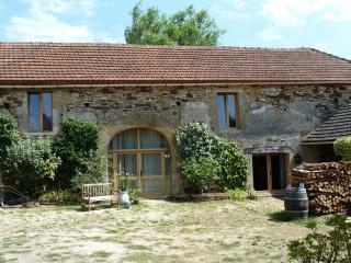 Nice 3 bedroom Gite in Frayssinet-le-Gelat - Frayssinet-le-Gelat vacation rentals