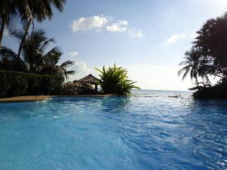 Beachfront villa with breathtaking view Nathon Bay - Koh Samui vacation rentals