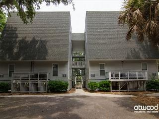 Driftwood Villa 262 - Charming Updated One Bedroom on Edisto - Edisto Island vacation rentals