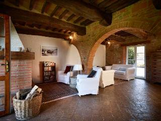 Nice House with Dishwasher and Garden - Chianciano Terme vacation rentals