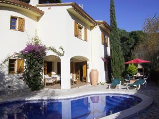 Calonge Luxury Villa - La Pineda vacation rentals