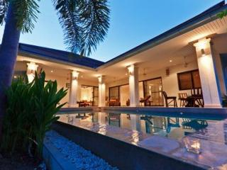 Koh Samui villa with swimming pool sleeps 6 - Koh Samui vacation rentals