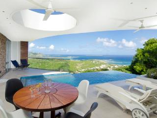 L'Agua - Ideal for Couples and Families, Beautiful Pool and Beach - Oyster Pond vacation rentals
