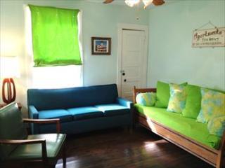 Bright 2 bedroom Wildwood Condo with A/C - Wildwood vacation rentals
