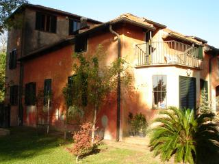 Comfortable Bed and Breakfast with Internet Access and Central Heating - Cesano vacation rentals