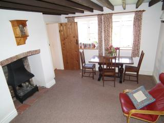 Granary Cottage (cosy cottage in quiet location) - Newnham vacation rentals