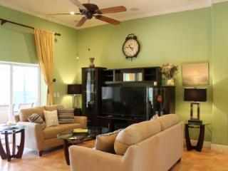 Nicely Appointed and Close to everything on the Island !  Great for Family Vacations - Marco Island vacation rentals