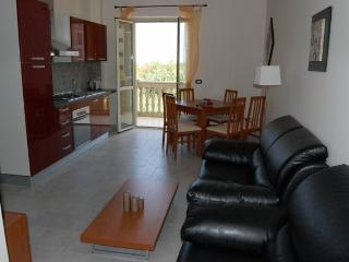 Cozy 2 bedroom Vacation Rental in Marina di Caulonia - Marina di Caulonia vacation rentals
