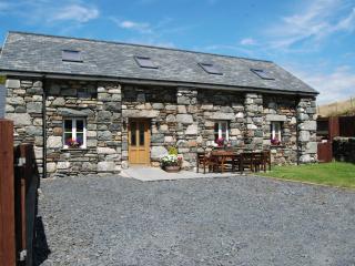 Hen Ysgubour, Bwlchgwyn Farm Equestrian - Fairbourne vacation rentals