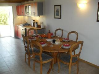 Comfortable 3 bedroom Gite in Jonzac - Jonzac vacation rentals