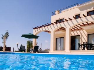 Wonderful 4 bedroom Vacation Rental in Paphos - Paphos vacation rentals