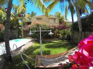 HOLIDAY HOUSE WITH HEATED   POOL - Albion vacation rentals