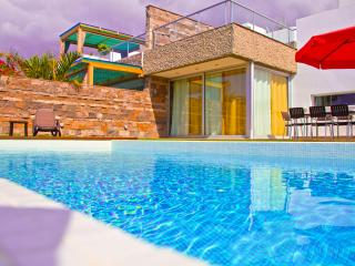 Beautiful Villa with Internet Access and A/C - Costa Adeje vacation rentals