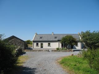 Pollclabber Cottage, near Doolin and Lisdoonvarna - Doolin vacation rentals