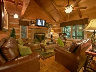 CREEKSIDE COMFORT-2/3 Private Cabin with a Creek!! - Pigeon Forge vacation rentals