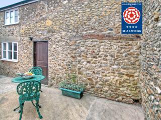 Upside Down Cottage, Colyton, Devon - Colyton vacation rentals