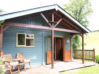 Beautiful 2 bedroom Cabin in Bigbury-on-Sea - Bigbury-on-Sea vacation rentals