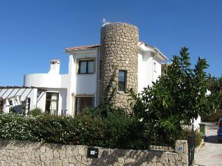 Comfortable 3 bedroom Ayios Amvrosios Villa with A/C - Ayios Amvrosios vacation rentals