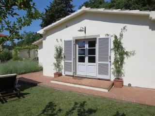 Beautiful Tuscan Independent Cottage With Views - San Casciano dei Bagni vacation rentals