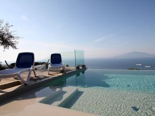 Ideal Family Villa near Sorrento with Spectacular Views - Villa Sogni di Sorrento - Sant' Agata vacation rentals