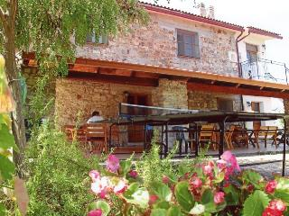 Nice Farmhouse Barn with A/C and Central Heating - Montegiordano vacation rentals