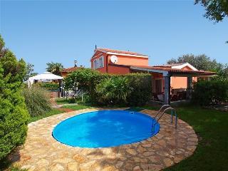 Bright 4 bedroom Villa in Umag - Umag vacation rentals