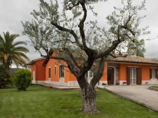 B&B AL CHIARO DI LUNA  -  PATERNOPOLI - Avellino vacation rentals