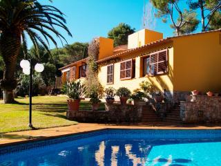 Nice Villa with Internet Access and Television - Tamariu vacation rentals