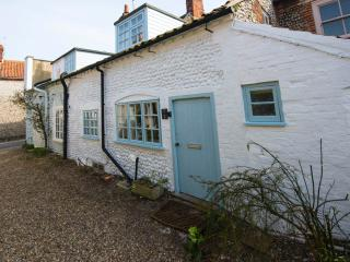 Charming 2 bedroom Blakeney Cottage with Internet Access - Blakeney vacation rentals