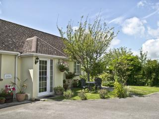 Lovely 1 bedroom Cottage in Winfrith Newburgh - Winfrith Newburgh vacation rentals