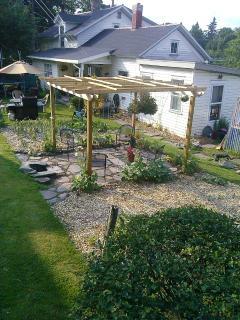 Windham NY 2 Bedroom Rental Catskill Mountains - Hensonville vacation rentals