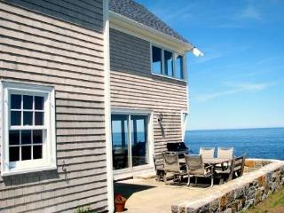 Pigeon Cove: Direct waterfront gem and only 1 mile from the beach! - North Shore Massachusetts - Cape Ann vacation rentals