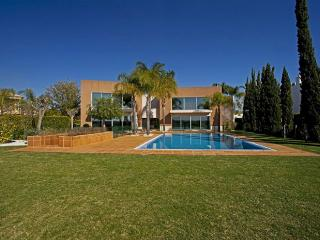 Villa Laguna Golf - Vilamoura vacation rentals