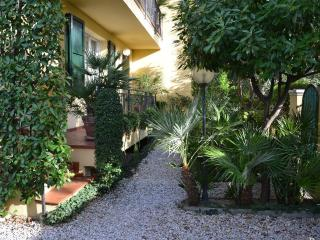 Cozy 2 bedroom B&B in Rimini - Rimini vacation rentals