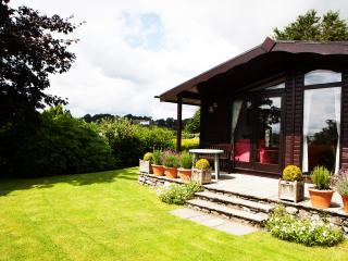 2 bedroom Lodge with Internet Access in Cartmel - Cartmel vacation rentals