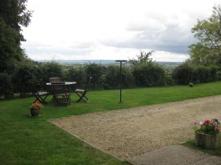 Lovely Bungalow with Internet Access and Kettle - Devizes vacation rentals