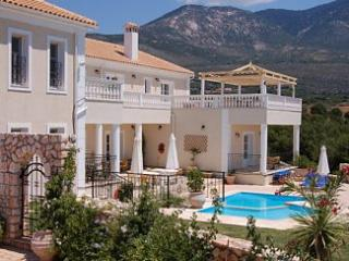 Nice 5 bedroom Villa in Karavados - Karavados vacation rentals