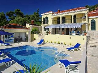 Lovely 6 bedroom Villa in Vela Luka with A/C - Vela Luka vacation rentals