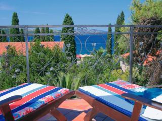 villa emeralda - Okrug Gornji vacation rentals