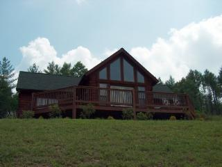 Nice Cabin with Deck and Internet Access - West Jefferson vacation rentals