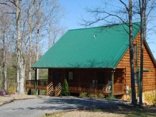 High Country Haven-Mountain Views_ Pool Table_ Fire Pit_ WIFI_ Private - Glade Valley vacation rentals