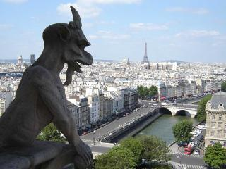 Luxury 4 Bedroom ~Notre Dame, Marais, and Louvre - Paris vacation rentals