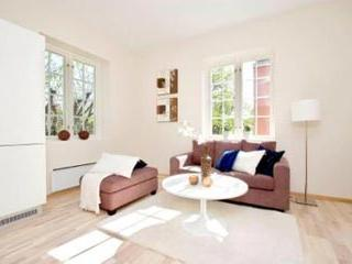 Beautiful 2 Bedroom Apartment Next To Oslo's Frogner Park - 144 - Image 1 - Oslo - rentals