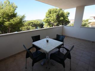 Apartman Tamaris - Cove Makarac (Milna) vacation rentals
