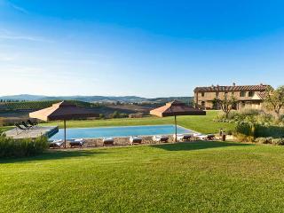 Villa Gauggiole, Sleeps 8 - Montalcino vacation rentals