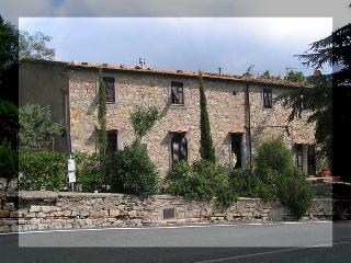 Country apartment in Tuscany - Monteverdi Marittimo vacation rentals