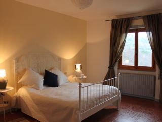 Charming Farmhouse Barn with Dishwasher and Stereo - Nievole vacation rentals