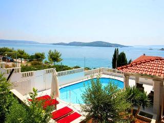 VILLA MARIN, Charming house - Seget Vranjica vacation rentals
