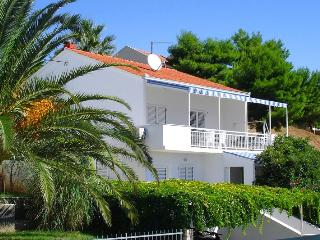 Charming Villa with Internet Access and Dishwasher - Seget Vranjica vacation rentals