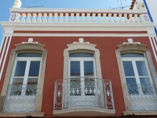 Lovely 4 bedroom Apartment in Tavira with Internet Access - Tavira vacation rentals